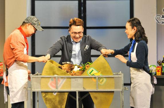 Ахлах тогоочийн заавраар: Хонины тархиар бэлтгэсэн бөсмөг болон хонины тархиар бэлтгэсэн цоозгой