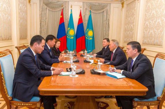 Казахстансы анхны Ерөнхийлөгч, Үндэсний аюулгүй байдлын зөвлөлийн дарга Н.А.Назарбаевт бараалхав