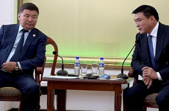 Хотын Захирагч С.Амарсайхан Монголын Барилгын үндэсний Ассоциацын төлөөллүүдийг хүлээн авч уулзлаа