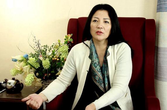 Ц.Солонго: Арилжааны банкууд интернет банк нэрийдлээр боловсон дээрэм хийж байна