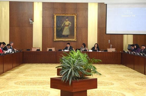 ХЗБХ: Гэр бүлийн тухай хуулийн шинэчилсэн найруулгын төслийг хэлэлцэхийг дэмжив