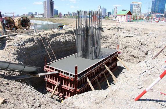 Фото: Гүүрэн гарцын барилгын ажил үргэлжилж байна