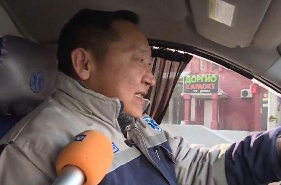 В.Түвшиндэлгэр: Түргэний жолоочийн ажлаа эр зориг гэж бахархдаг