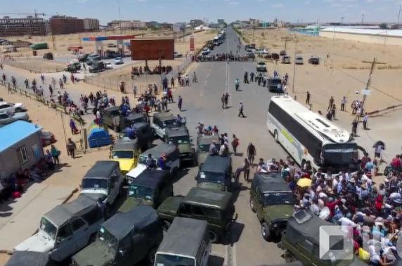 """""""УАЗ-469""""-ийг хорих нь Замын-Үүдийнхний амьжиргааг үгүй хийх эхлэл"""