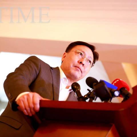 Ж.Батзандан: Монголын хоёр сайд Хуан гэдэг хятадтай уулзсаны дараа 800 хятад ирсэн