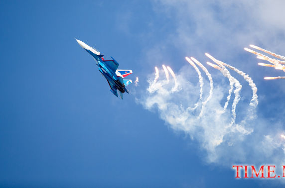 ФОТО: ОХУ-ын байлдааны онгоцны үзүүлбэр