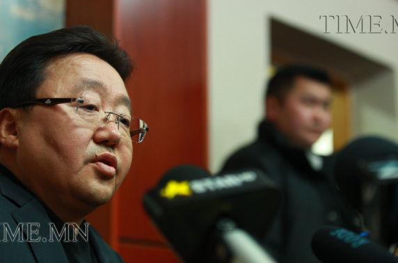 Ц.Элбэгдорж: Монгол Улс ШҮҮХГҮЙ байснаас Ерөнхийлөгчгүй байсан нь дээр
