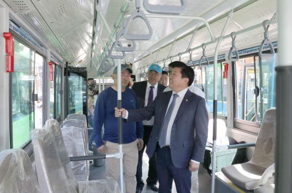 Монгол инженерүүдийнбүтээсэн цахилгаан автобус үйлчилгээнд нэвтрэхэд бэлэн болжээ