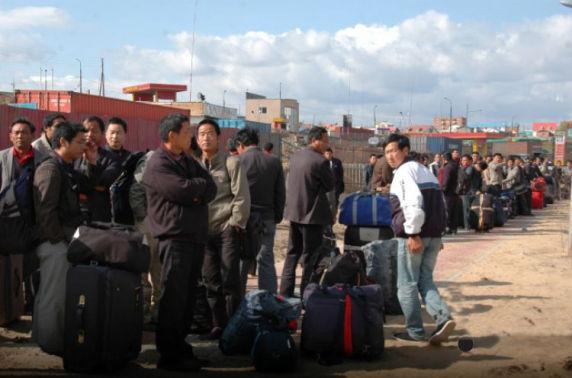 Нийт цагаачдын 63.7 хувийг хятад иргэд эзэлж байна
