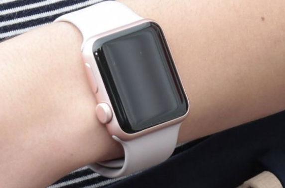 Apple-ийн ухаалаг бугуйн цаг гэмт хэрэгтнийг илрүүлэхэд дэмжлэг үзүүлжээ