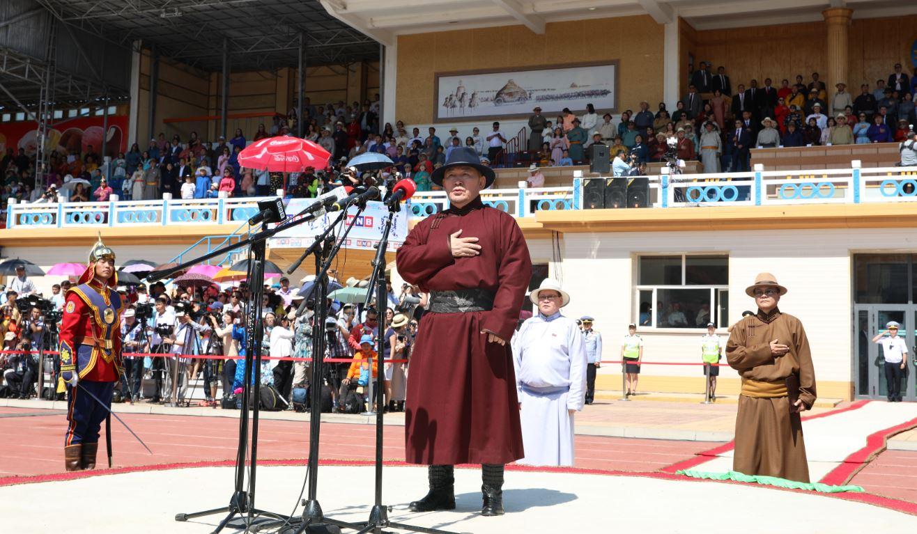 Х.Баттулга: Дэлхий даяар тархан суурьшсан монгол хүн бүр монгол наадмаа сэтгэл тэнүүн, бахархал дүүрэн, өлзий төгс, хувь тэгш тэмдэглэхийг ерөөе