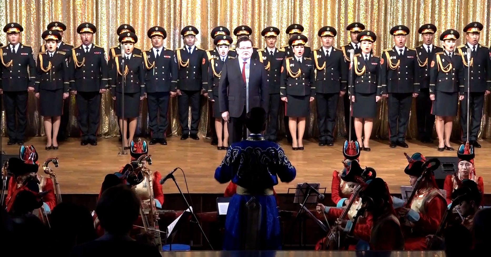 Төрийн хүндэтгэлийн концерт болж байна