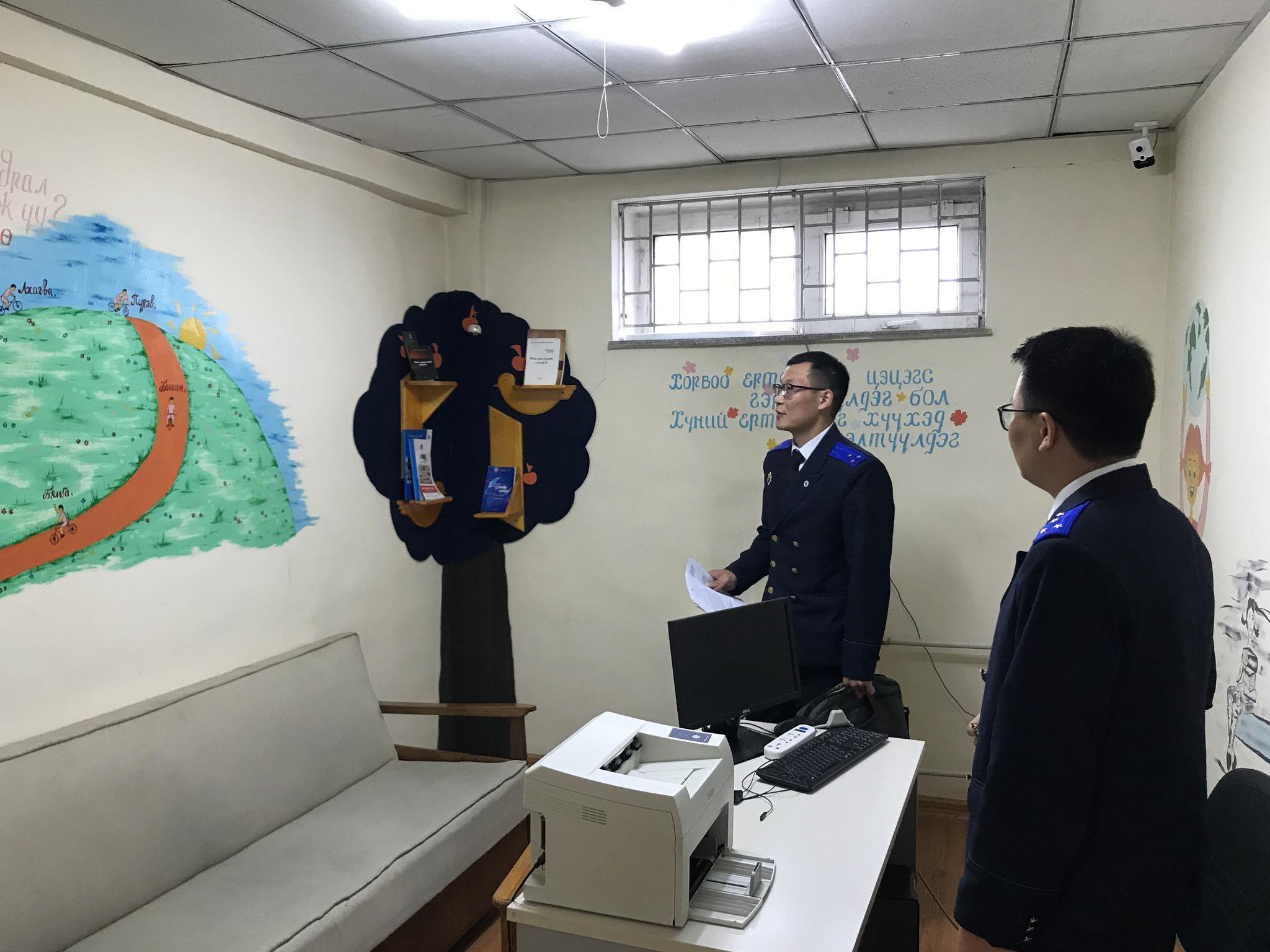 Мөрдөн шалгах байгууллагуудын мэдүүлэг авах өрөөнүүдийг шалгажээ