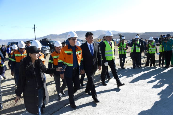 Монгол Улсын Ерөнхий сайд У.Хүрэлсүх Эрдэнэт үйлдвэрт зочиллоо